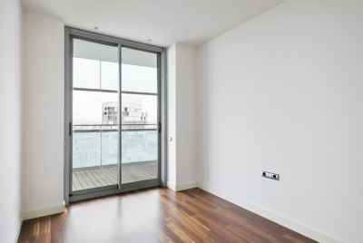 Exclusive 2 bedroom apartment with terrace and sea view in Barcelona